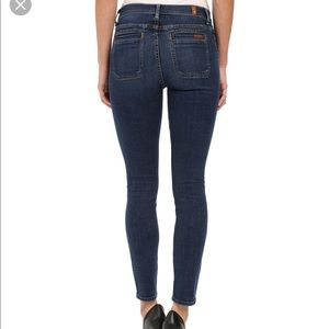 7 For All Mankind Jeans - Mid rise pocket jeans